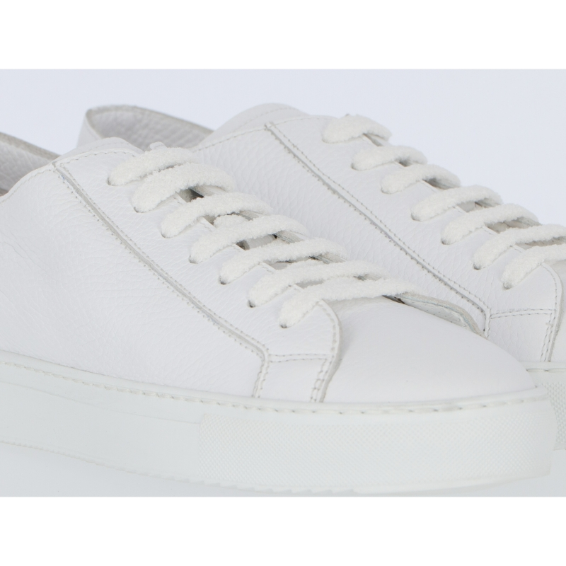DOUCAL'S TUMBLED CALFSKIN LEATHER SNEAKERS