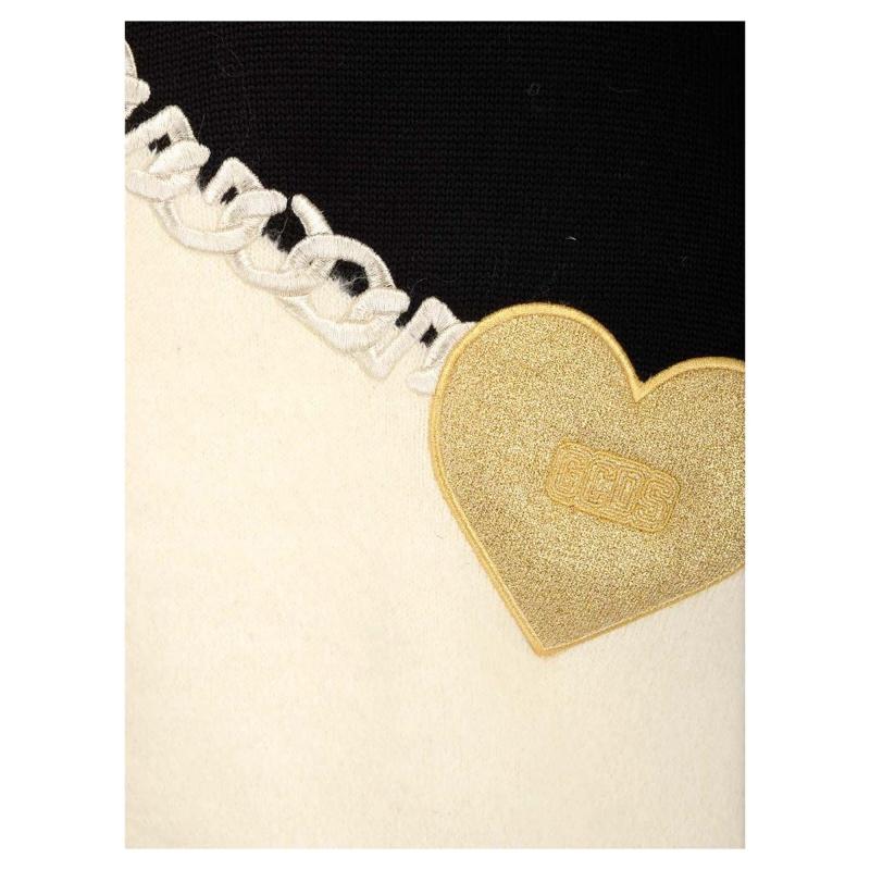 MOHAIR HEART SWEATER